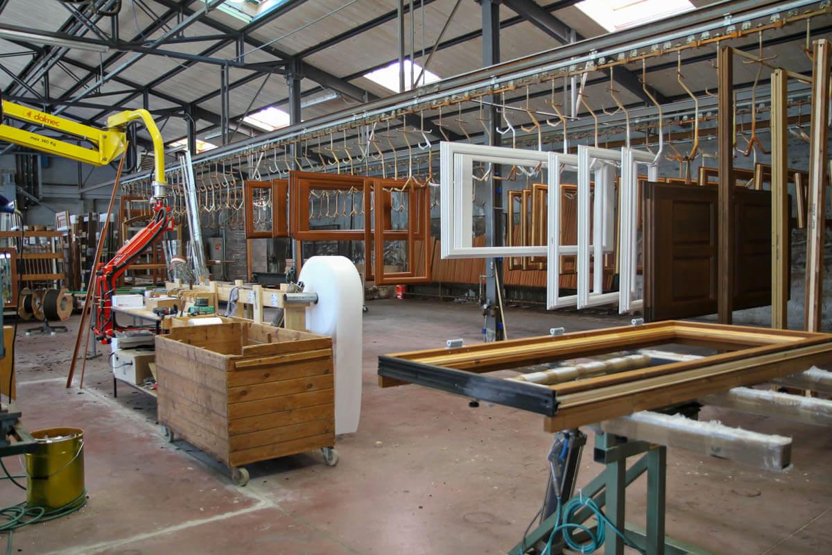 Azienda – Engaz – Arte del legno